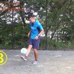 初心者がすぐに10回できる6段階のリフティングトレーニング【元Jリーガーの少年サッカー指導者が教える魔法の練習法】(トラップ、ボールコントロール)《小学生》《ジュニア》《初心者》